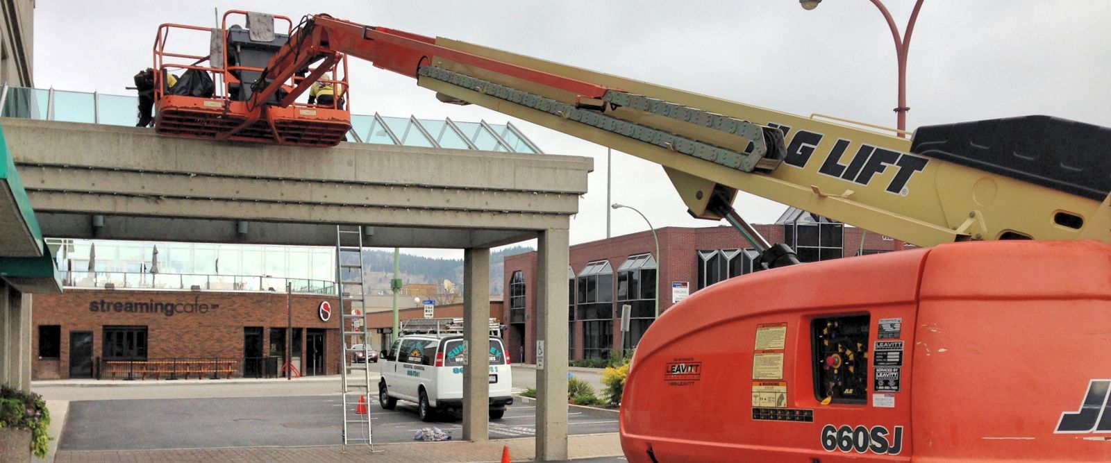 Bank window cleaning boom lift Kelowna